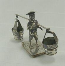 Adorable figurine en argent massif, chinois porteur d'eau.