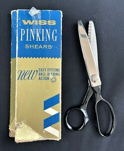 """WISS PINKING SHEARS MADE OF NICKEL PLATED HIGH CARBON STEEL 7.5"""" LONG W/ BOX USA"""