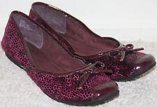 EUC Womens NATURALIZER ZEEMA model Plum color Ballet Flats Shoe Sz 6,5US
