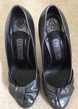 Women's designer Gina 'Collette' pewter leather stiletto high heel courts size 4