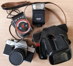 Praktica L2 DDR Spiegelreflexkamera Metz Mecablitz 18 Objektiv Pentacon 1.8/50mm