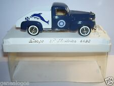 AGE D'OR SOLIDO DODGE PICK UP PUBLICITAIRE avec DAUPHIN REF 4423 1/43 IN BOX