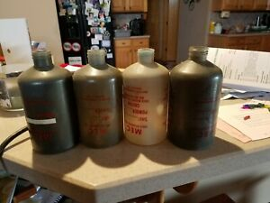 (4) Mec MATURE Plastic shot and powder bottles with plugs