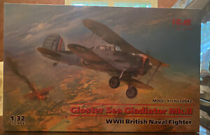 ICM 32042 WWII British Naval Fighter Gloster Sea Gladiator Mk.II 1/32