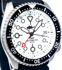 Vintage diver SEIKO mens 7002 GMT mod SWISS dual-time movement w/White TUNA dial