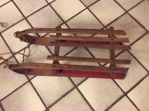 Ancienne Luge Traineau en bois Vintage Déco Chalet Montagne Art Populaire