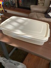 Rubbermaid Servin' Saver Plastic Container 7 Cup Rectangle Lid Almond #6 Vintage