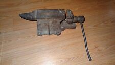 Antique Bench Vise Vintage Blacksmithing Anvil 25.5 lb Mower Blade Vice Holder