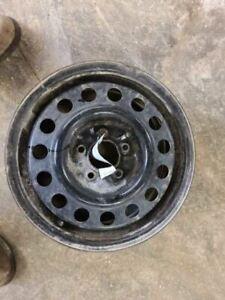 Steel Wheel 16x6-1/2 Fits 2004 IMPALA 769420