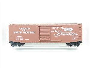 """N Micro-Trains MTL 31110 CNW Chicago North Western """"400 Route"""" 50' Boxcar 51772"""