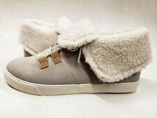 Timberland Women's fur fold top booties Nubuck Sample Size 7 stone grey