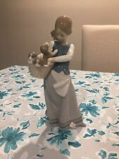 Lladro GIRL WITH PUPPIES Figurine #1311 MINT Little Dogs Basket Glazed Retired
