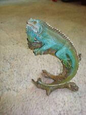 Wildlife Iguana Reptile Lizard Chameleon Statue Sculpture Figurine Animal Decor!