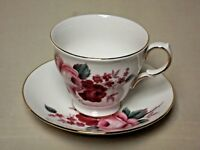 Queen Anne Bone China Footed Tea Cup and Saucer made in England F 57 4