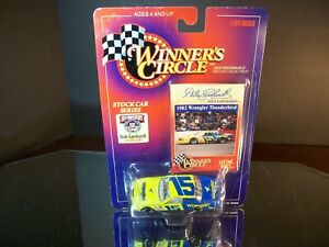 Dale Earnhardt #15 Wrangler Jeans LifeTime Series 1982 Ford Thunderbird 1:64