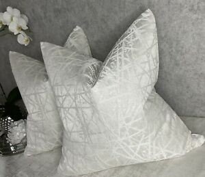 """Luxurious Cushion Cover 18"""" Naomi Designer Fabric A Linear Textured Ivory Design"""
