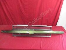 NOS OEM Chevrolet Trailblazer Green Grille Center Molding 2002