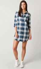 Billabong Plaid flannel Blue and White Long Sleeves Metal Buttons Sz: M