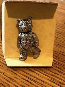 Vintage pewter boxed articulated bear pin 'Bears from the past' trademark. Cute