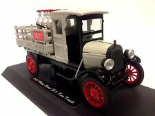 1923 Chevrolet Series D 1-Ton Truck, Collectible Diecast 1:32 Scale New Ray Toys
