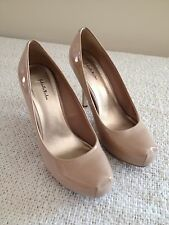 "Women's Heels Gabriella Rocha Nude Colored Platform Pumps 3.5"" Heels Size 8.5"