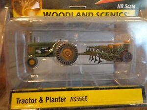 Woodland Scenics HO #5565 Tractor & Planter