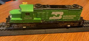 HO Vintage Tyco GP-20 Diesel locomotive, Burlington #5628, Hong Kong