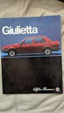 Alfa Romeo Giulietta 1981 car sales brochure, Italian text
