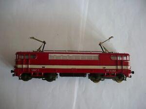 locomotive BB9288 le CAPITOL.locomotive.train electrique.