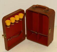 Vintage traveling bar case in brown leather, missing shaker
