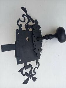 Ancienne POIGNEE et CLENCHE à ressort en fer forgé Loquet serrure porte n°7