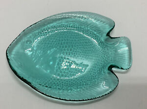 """Small Vintage Arcoroc Poisson Turquoise Glass Fish 6 1/2"""" Snack Plate"""