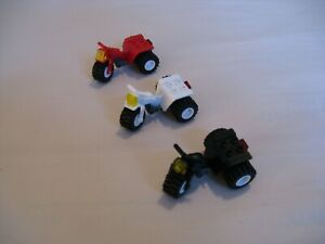 Lego CITY / TOWN: LOT of (3) Vintage 3-WHEELER / TRICYCLE BIKES...