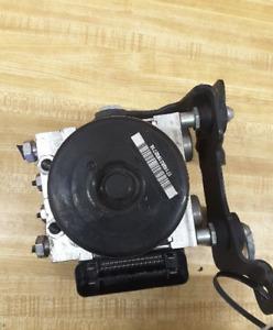 2010-2012 Ford Fusion Anti Lock Brake Actuator Pump ABS