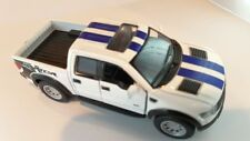 FORD 2013 F-150 ~ White ~ 1:46 ~ Opening Doors & Gate ~ Pull Back action ~ LOOSE