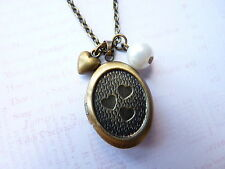 Vintage Look Bronze Hearts & Pearl Oval Working Locket Necklace New in Gift Bag