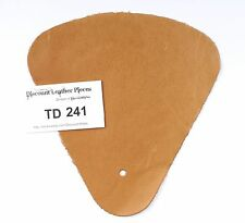 Honey Scrap Leather Craft Piece aprox. .25 sqft Td241