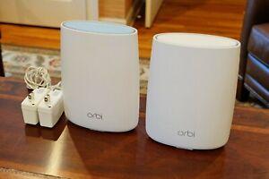 Netgear Orbi AC3000 Tri-Band Wireless Router + Satellite (RBK50-100NAS)