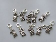 10 Stitch Markers Rabbits with Carrots  Knitting,Crochet,Charms,Clip On etc