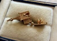 Lovely Vintage Hallmarked Solid 9 Carat Gold Opening Church Charm Pendant 9CT