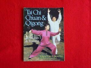 Tai Chi Chuan & Qigong By Wolfgang Metzger & Peifang Zhou (1996)