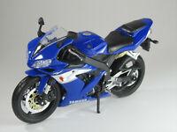 Modell 1:12 Yamaha YZF-R1 blau Maisto