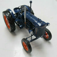 Model Tractor Fordson Major E27 1945  1/16th Scale By Universal Hobbies