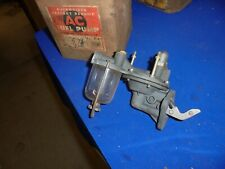 1949,1950 ford v8  ac delco fuel pump nors old stock