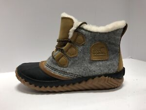 Sorel Out N About Plus Boot Waterpoof Womens Size 8 M