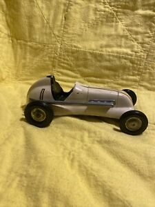 Cox Thimble Drome Special #1 Wind-Up White Tether Car