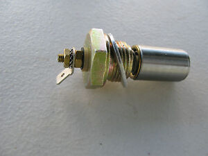 NEW FAE 1226 ENGINE OIL PRESSURE SENSOR FOR VOLVO 1218190