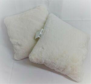 "THRESHOLD 18"" x 18"" Decorative Pillow Set of 2 NW/oT Faux Fur Cream"