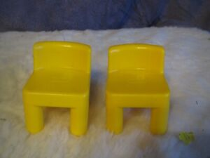 BV Vintage LITTLE TIKES  doll house FURNITURE SET OF 2 CHAIRS YELLOW
