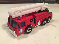 MATCHBOX FIRE ENGINE RED W/WHITE EXTENDING LADDER MADE IN CHINA FD LOGO